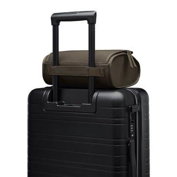 Koenji, Top Case, W26 X H18 X D12cm, Dark Olive