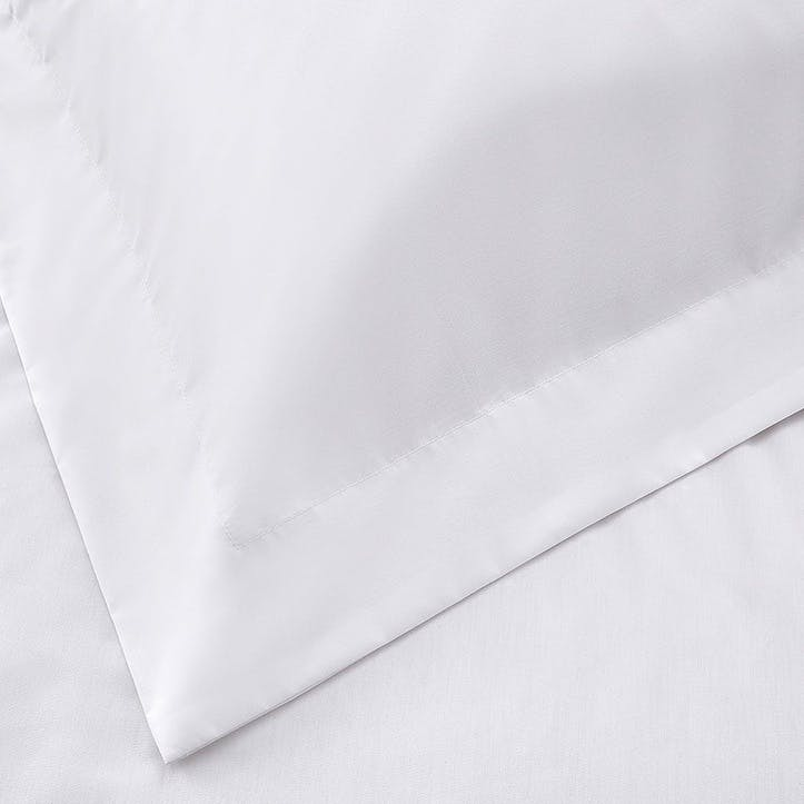 Essentials Egyptian Cotton 200 Thread Count Duvet Cover, King, White