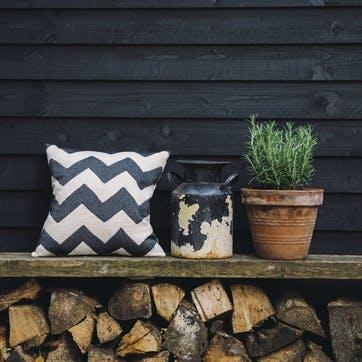 Chevy Cushion - 40cm; Black/Linen