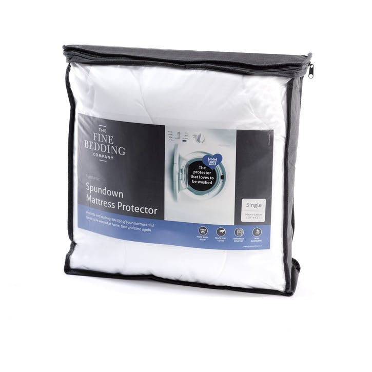 Spundown King Mattress Protector