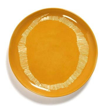 Ottolenghi, Set of 2 Medium Plates, Yellow and White