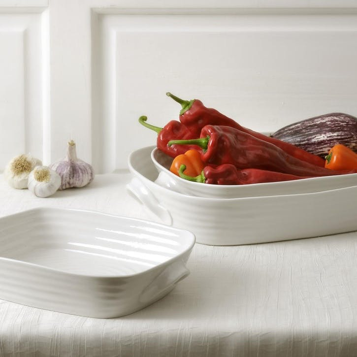 Handled Roasting Dish; White