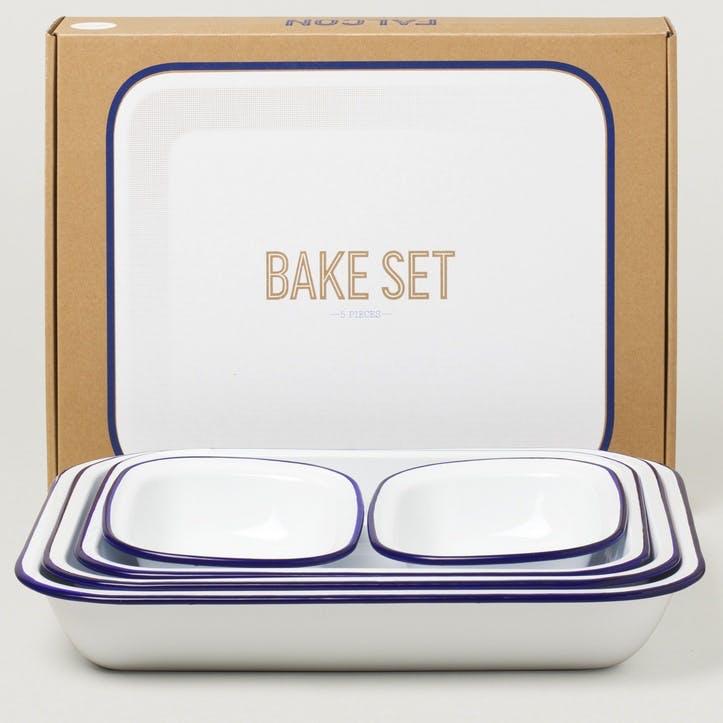 Bake Set, White with Blue Rim