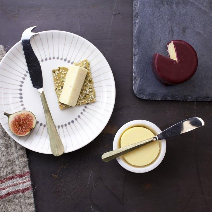 Osko Cheese & Butter Knife Set; Gold