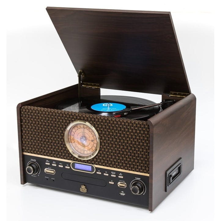 Chesterton Turntable with DAB