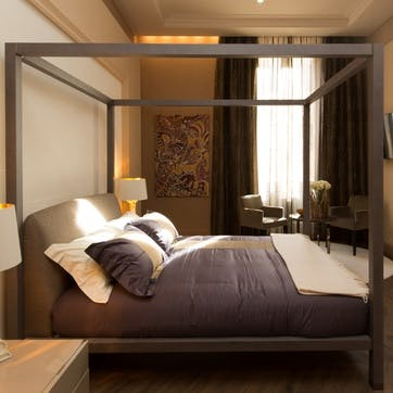 A voucher towards a stay at Le Quattro Dame Hotel for two, Rome, Italy