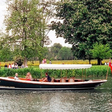 Oxford River Cruise with Prosecco & Three Course Dinner at The Folly for Two