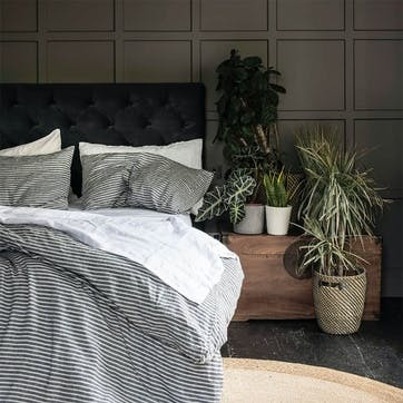 Bedding Bundle Kingsize with Kingsize Pillowcases Midnight Stripe