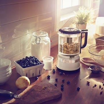 Mini Food Processor; Almond Cream