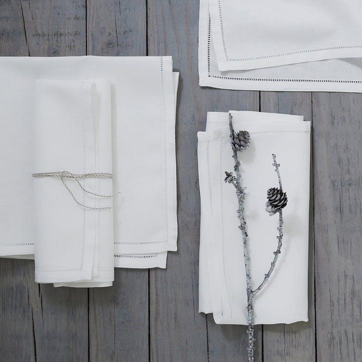 Set Of 4 Seville Napkins, White