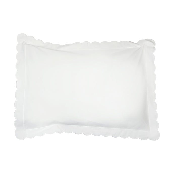 White Scalloped Oxford Pillowcase