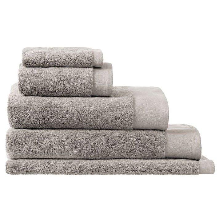Luxury Retreat Platinum Hand Towel