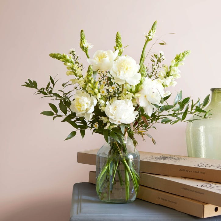 Lux Letterbox Flower Subscription - 12 Months