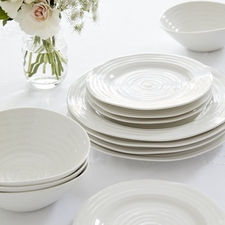 12 Piece Dinnerware Set; White