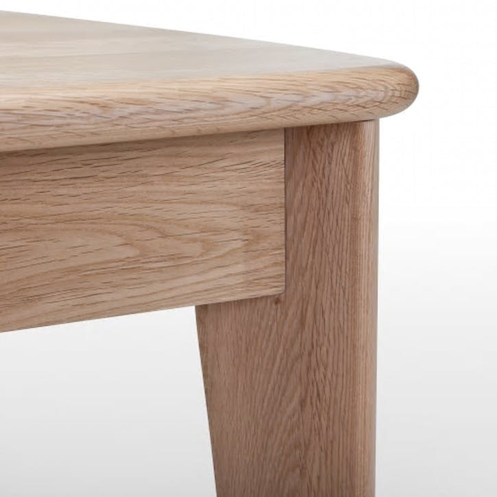 Monty Extending Dining Table; Oak