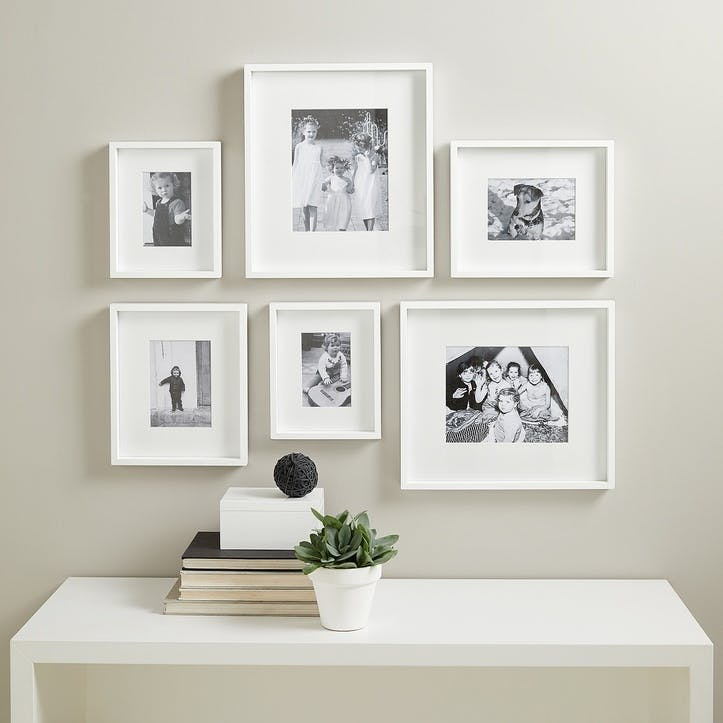 Picture Gallery Wall Frame Set Small, White