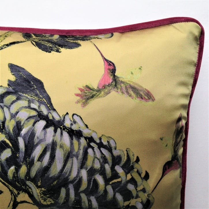 Chrysanths Japonais Silk Cushion, Peking Gold
