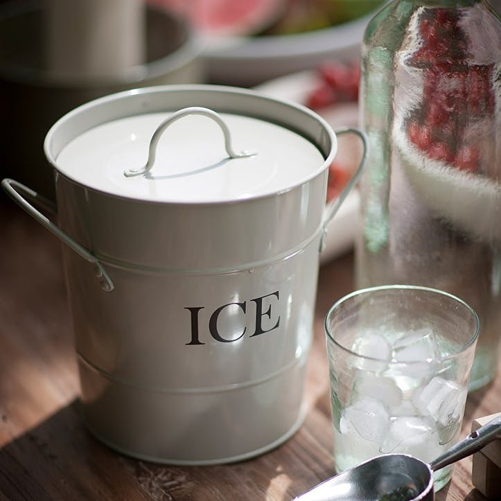 Ice Bucket, Chalk