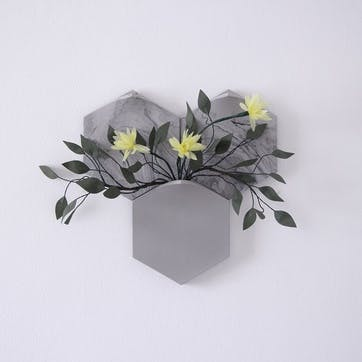 Teumsae Set of 3 Wall Mounted Planter, Grey Marble