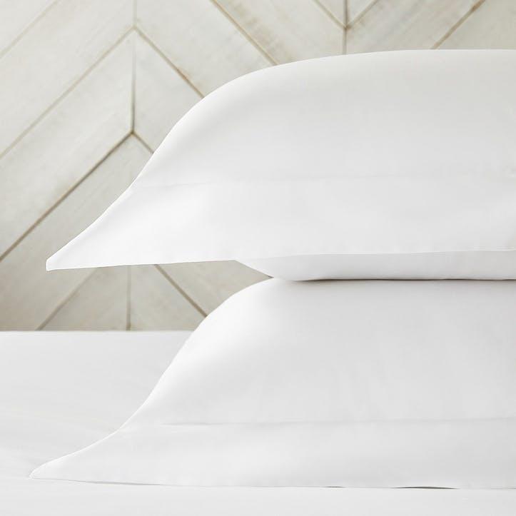 Essentials Egyptian Cotton 200 Thread Count Standard Oxford Pillowcase, White