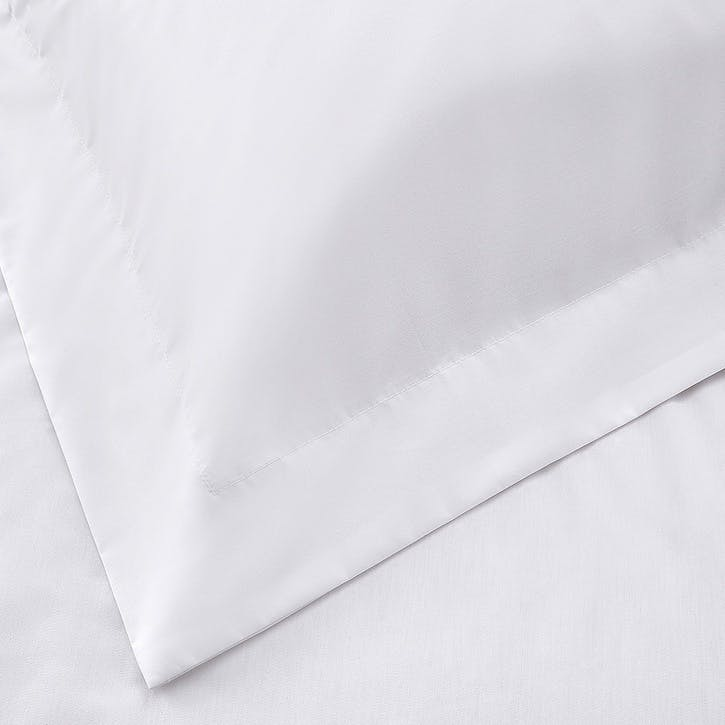 Essentials Egyptian Cotton 200 Thread Count Fitted Sheet, King, White