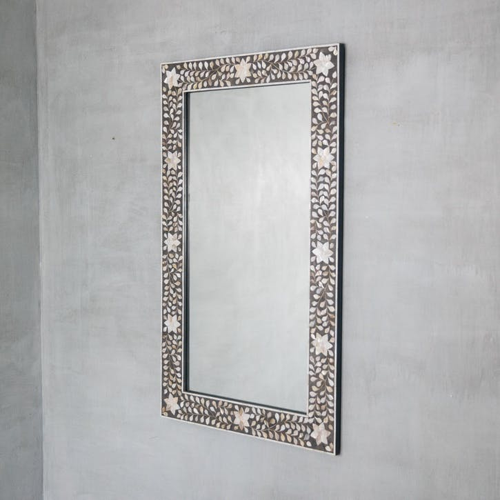 Maxi Mother Of Pearl Inlay Mirror In Grey