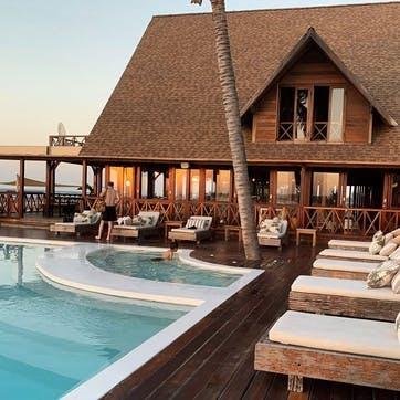 Honeymoon Hotel £100