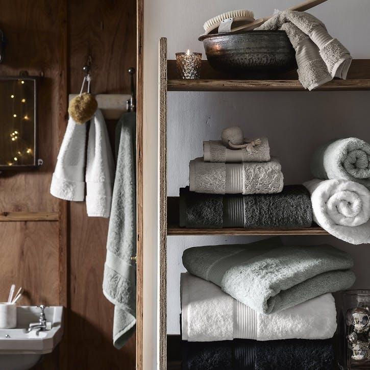 Egyptian Cotton Towel, Super Jumbo, Pearl Grey