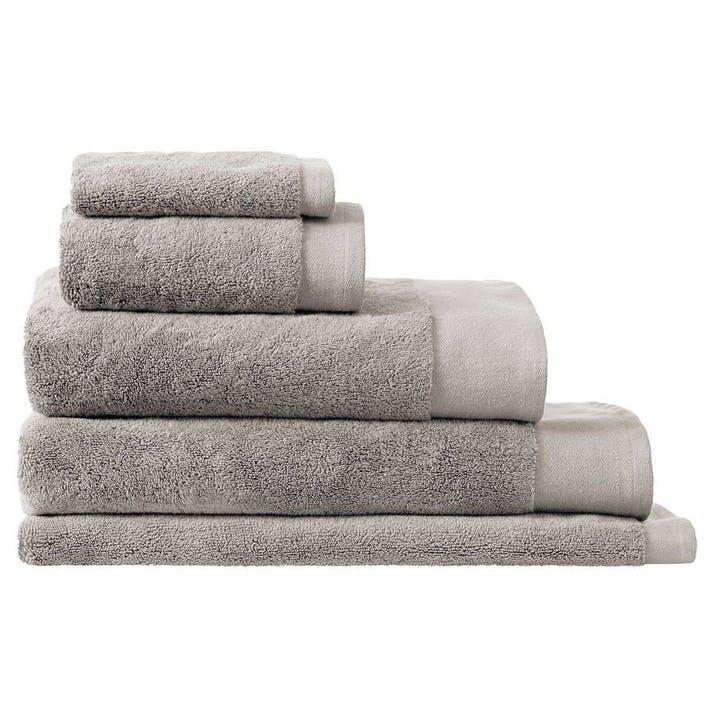 Luxury Retreat Platinum Hand Towel