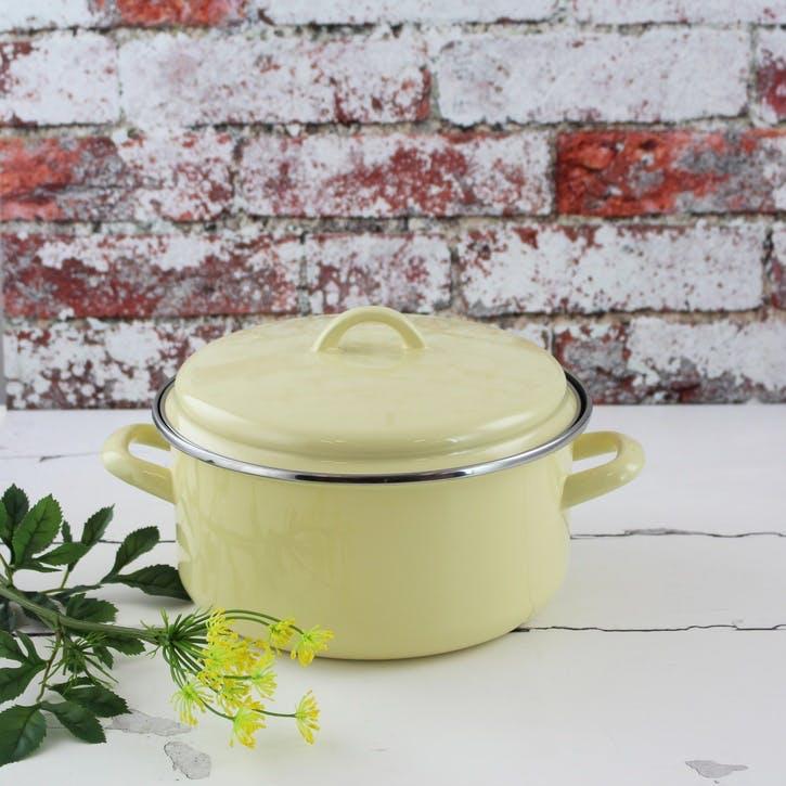 Enamel Casserole Dish, 22cm/4L, Vanilla