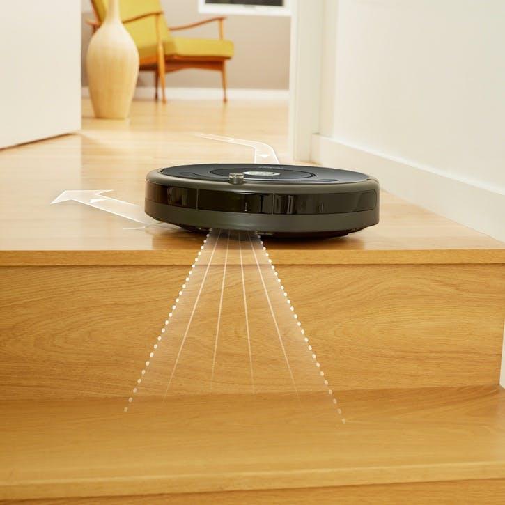Roomba Robot Vacuum R676
