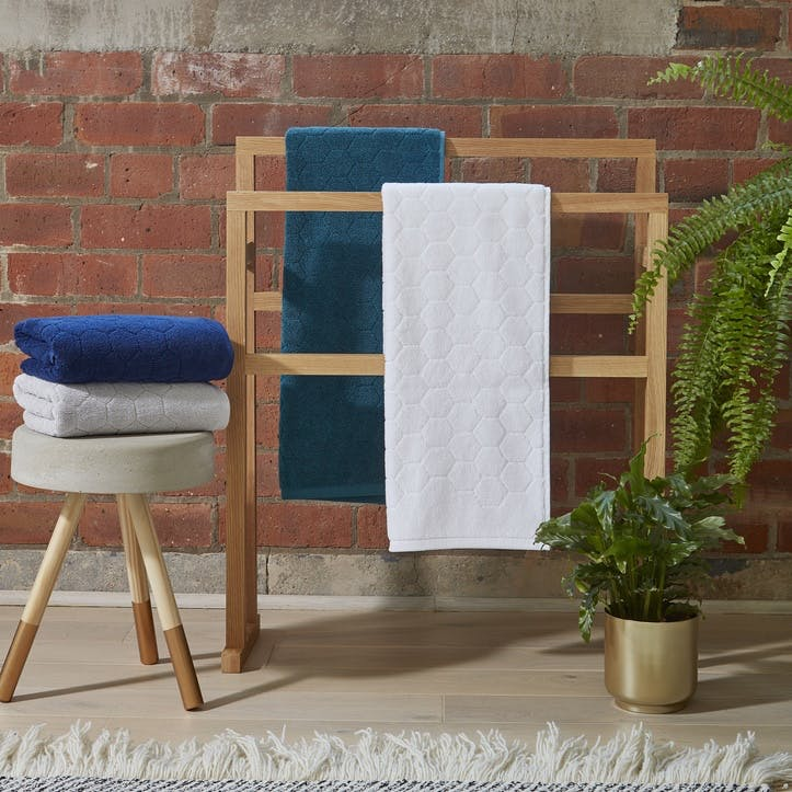 Honeycomb Bath Towel, White