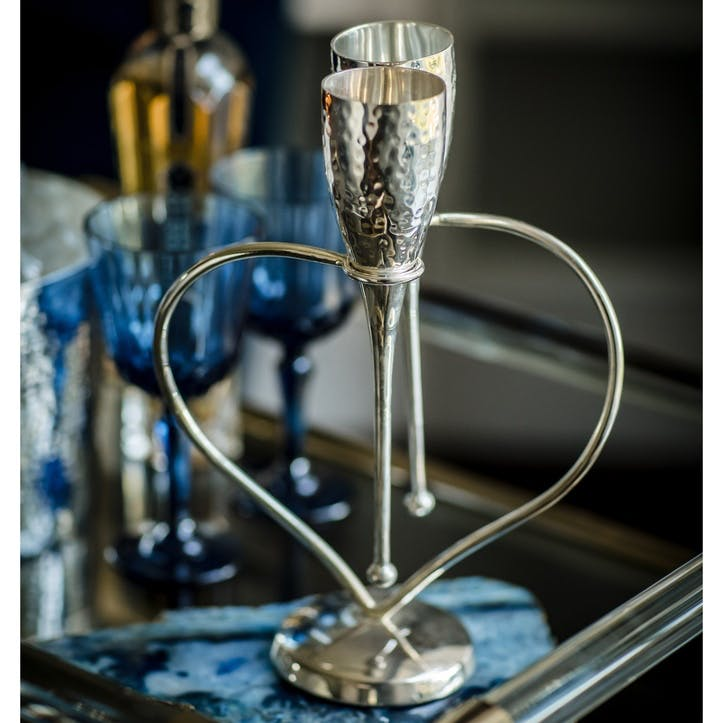 Silver Plated Hammered Lover's Flutes On Heart Stand