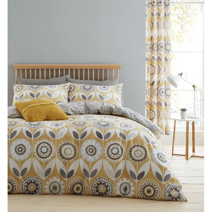 Annika King Size Bedding Set