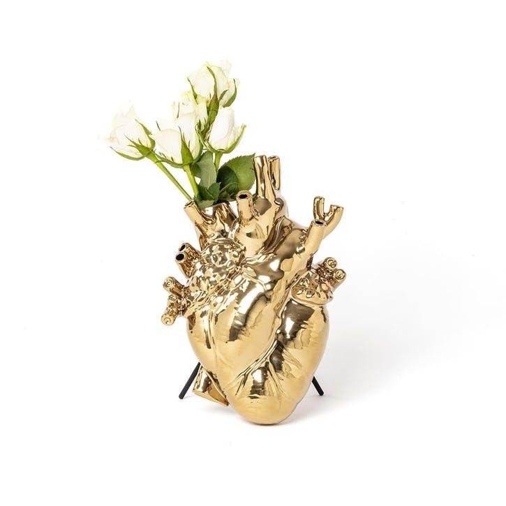 Love in Bloom, Gold