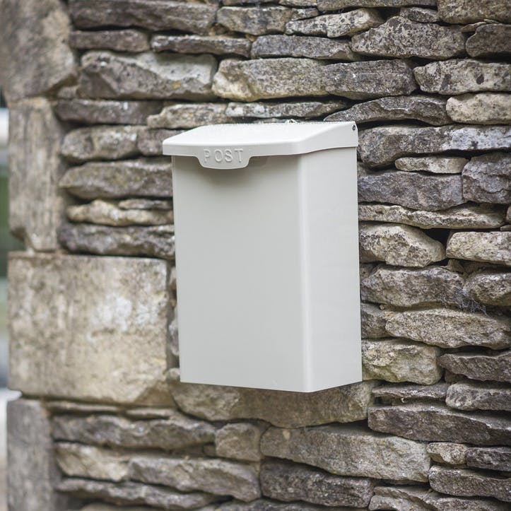 Shipton Post Box in Clay, Steel
