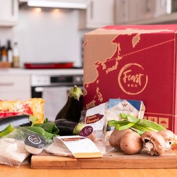 Delicious Chinese Dinner and Handcrafted Cocktails to Enjoy In - Feast Box for up to Six and 12 Mixed Cocktails from Tapp'd