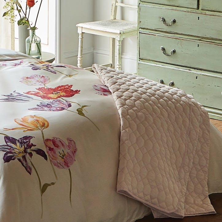 Tulipomania Quilted Throw, Amethyst