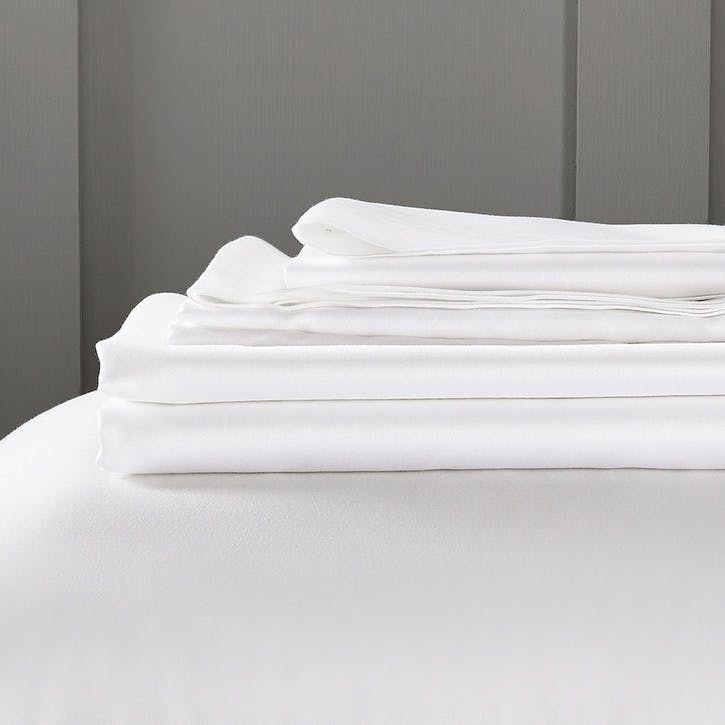Camborne Fitted Sheet, Emperor, White