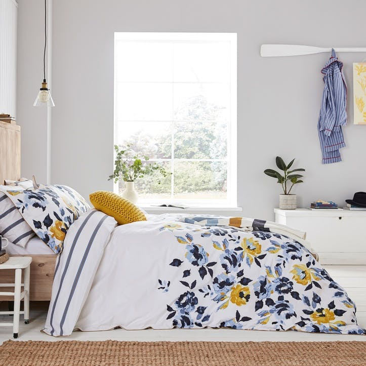 Galley Grade Floral Double Duvet Cover, Chalk