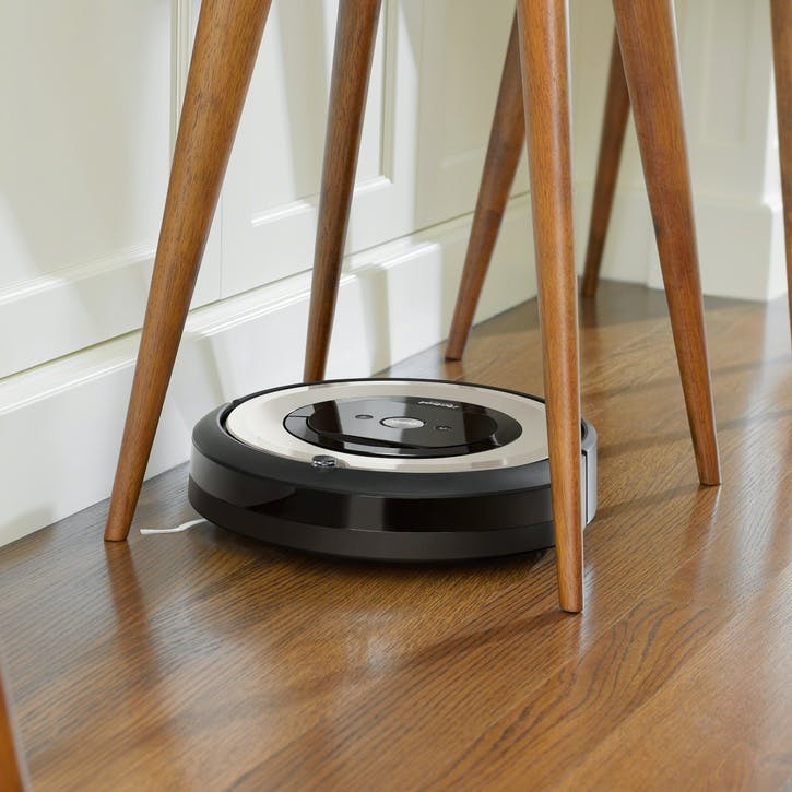 Roomba Robot Vacuum E5152