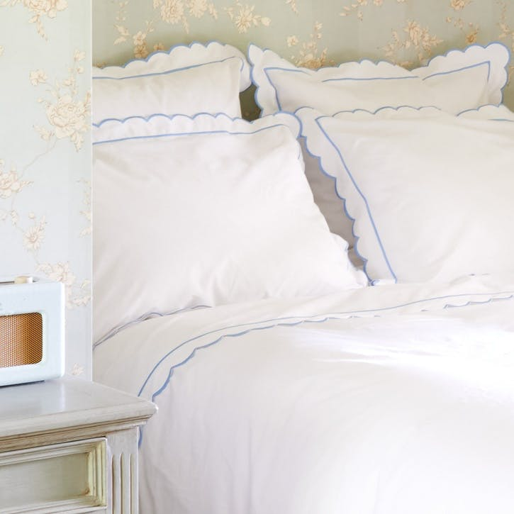 Blue Scalloped Square Pillowcase