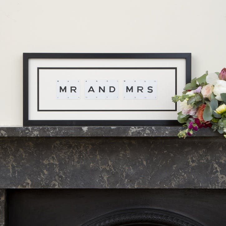 'Mr & Mrs' Word Frame, Black