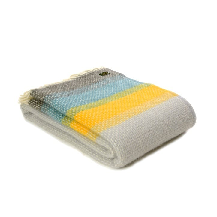 Ombre Throw, Tidal