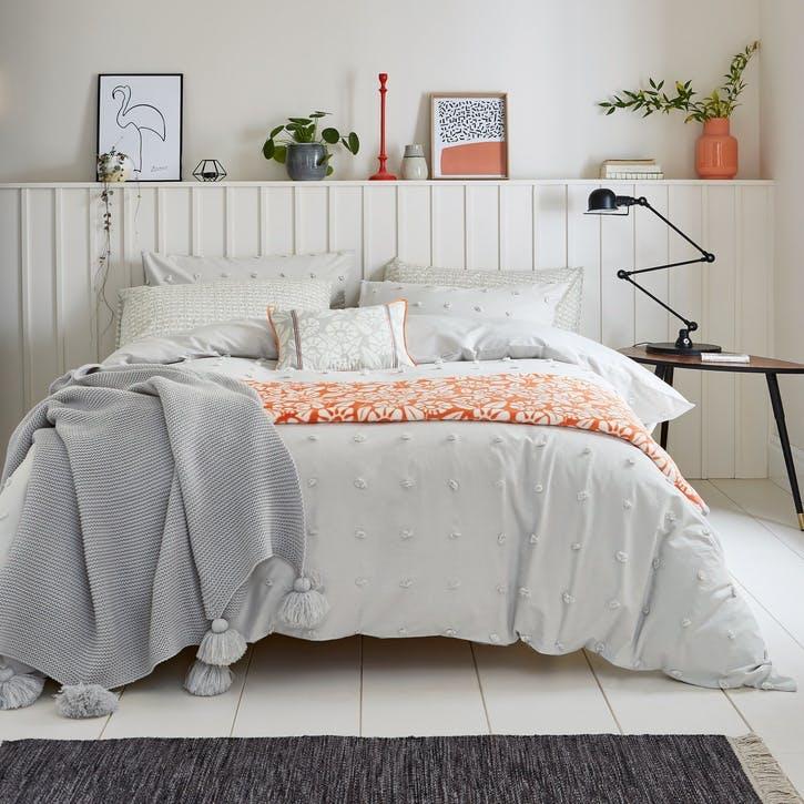 Woven Spot Super King Bedding Set, Silver