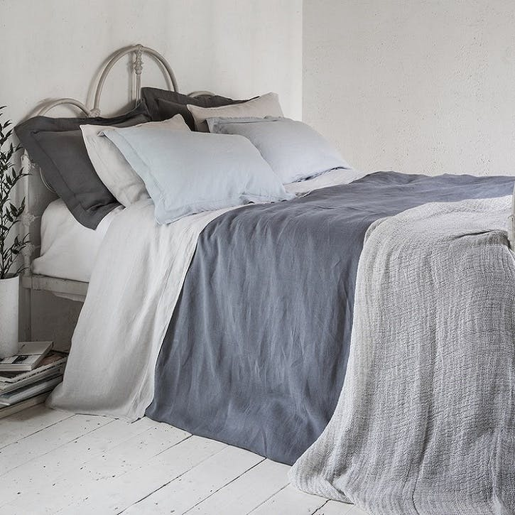 Soft Linen Jacquard Throw, Silver Dust