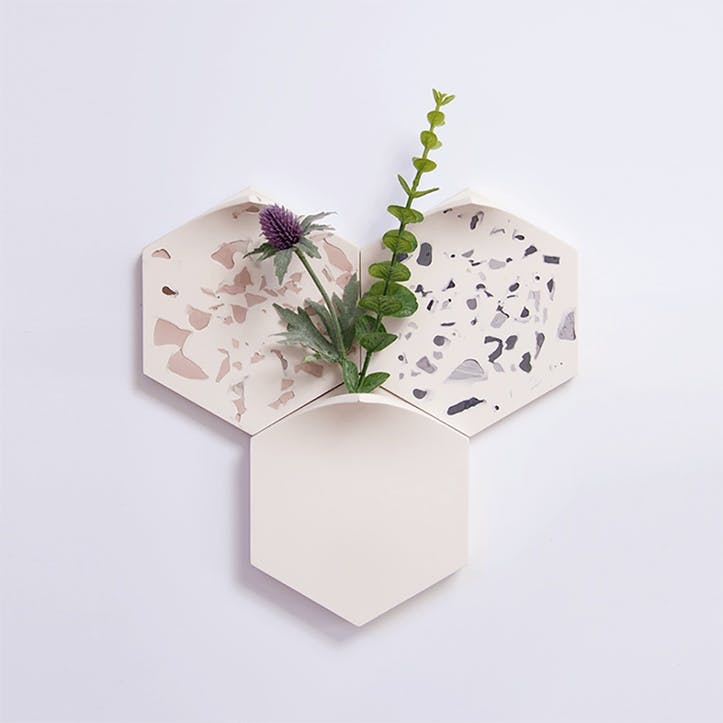 Teumsae Set of 3 Wall Mounted Planter, Mixed White