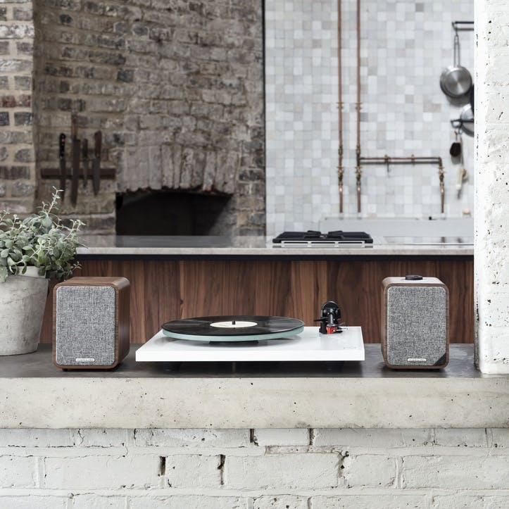 MR1 Mk2 Bluetooth Speaker System; Walnut