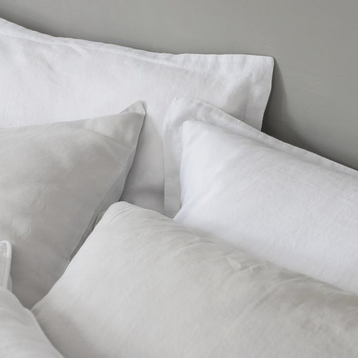 Classic Housewife Pillowcase, Single, White