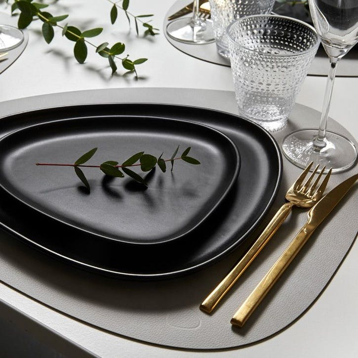 Curve Placemat, Set of 4, Metallic